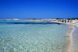 Playa mar cristalino